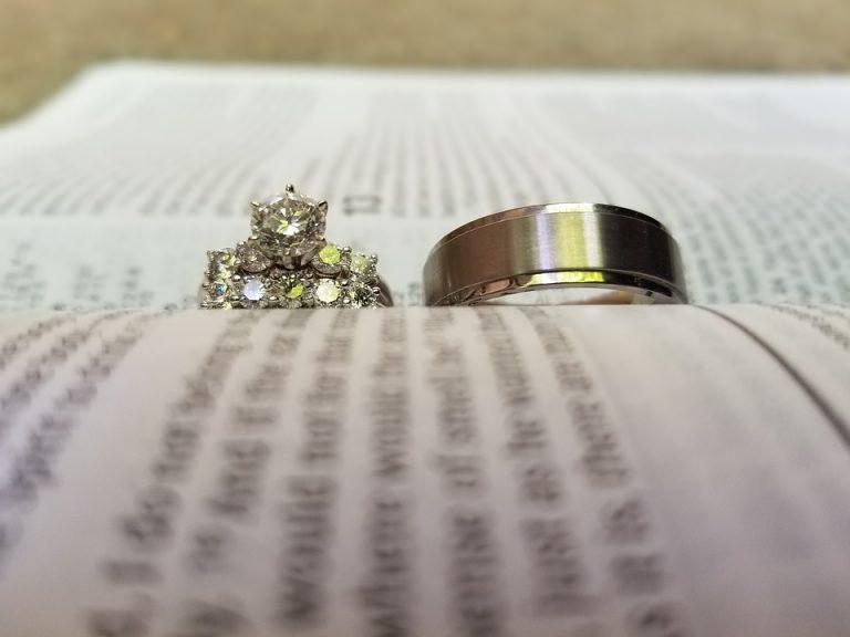 武井咲 結婚指輪
